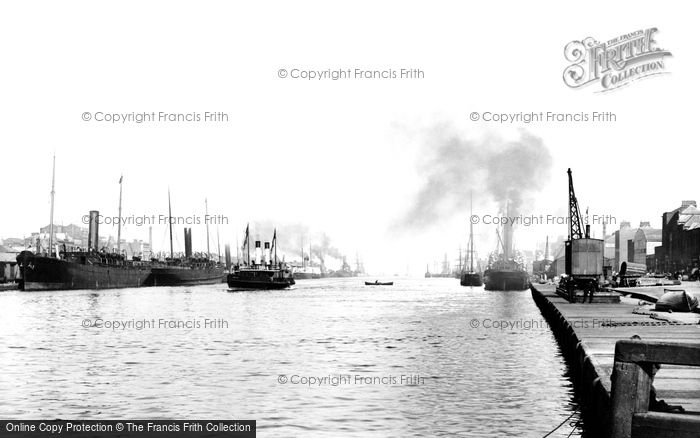 Photo of Dublin, River Liffey, North Wall 1897