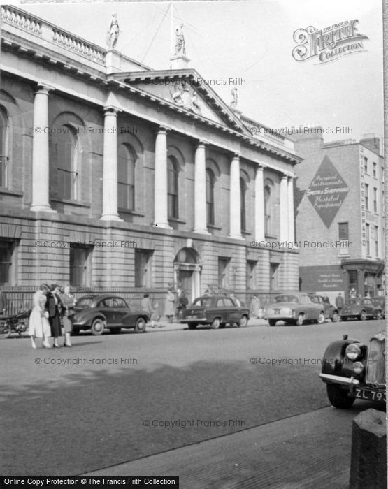 Photo of Dublin, Royal College Of Surgeons 1957