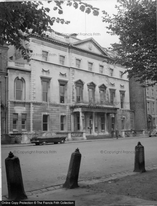 Photo of Dublin, St Stephen's Green 1957