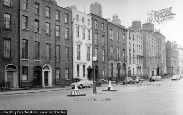 Photo of Dublin, St Stephen's Green 1957