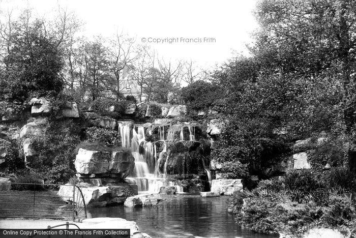 Photo of Dublin, St Stephen's Green, The Cascade 1897