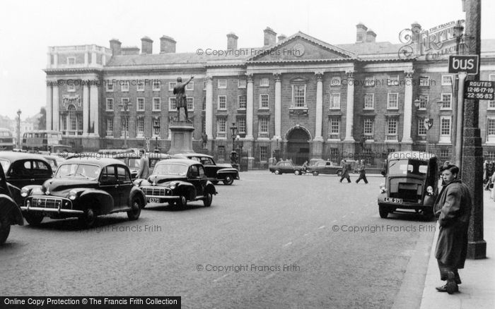 Photo of Dublin, Trinity College 1957