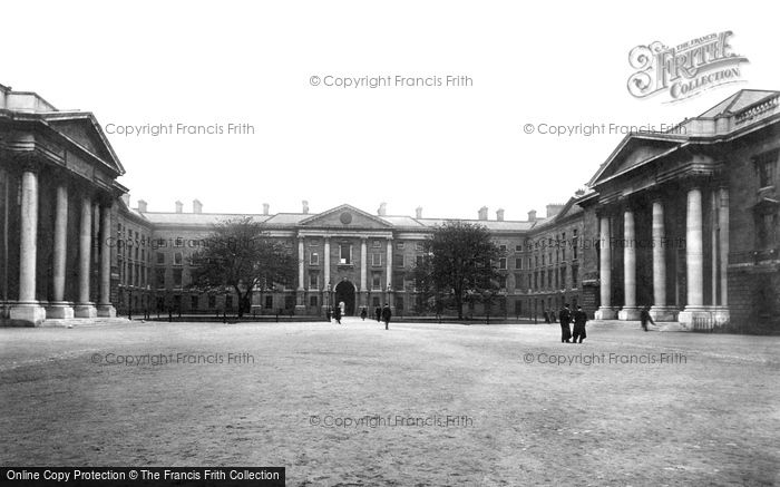 Photo of Dublin, Trinity College Quadrangle 1897