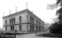 Trinity College, School Of Engineering 1897, Dublin