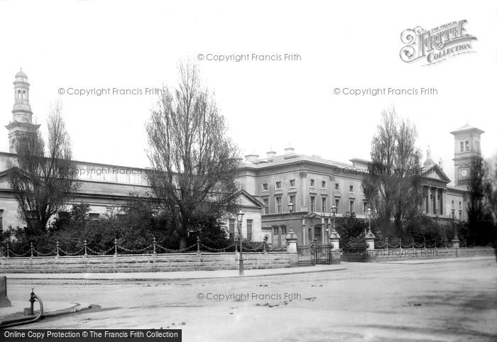 Photo of Dublin, University 1897