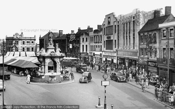 dudley-market-place-c1955_d103029.jpg