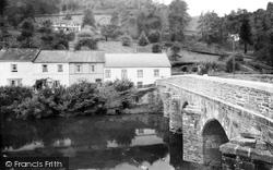 Dulverton, Bridge And Cottages 1937