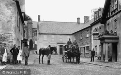 Dulverton, People Outside The Lion Hotel 1896