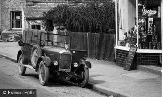 Dulverton, Singer Car 1934