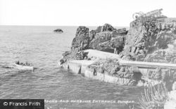 Dunbar, Gripps Rocks And Harbour Entrance c.1935