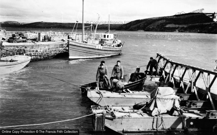 Photo of Duncannon, Soldiers At The Harbour c.1955