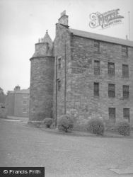 Dundee, Dudhope Castle 1956