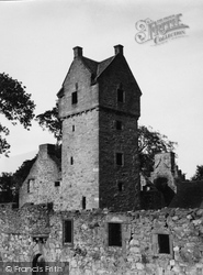 Dundee, Mains Castle 1950