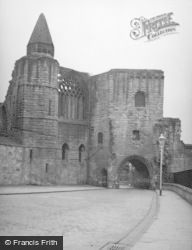 Abbey, Gatehouse 1956, Dunfermline