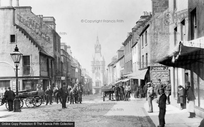 Photo of Dunfermline, High Street, City Chambers And Town Clock 1901