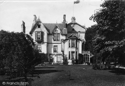 Mccolls Hotel 1904, Dunoon