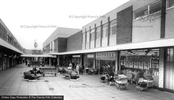 Photo of Dunstable, Broad Walk c1965