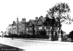 Dunstable, Grammar School 1897