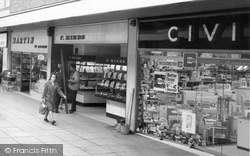 Dunstable, Shops, Broad Walk c.1965
