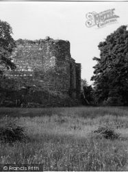 Dunstaffnage Castle, 1955