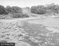 Dunstaffnage Castle, From The Beach 1949