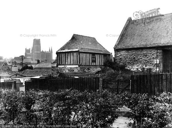 Photo of Durham, Cathedral and Old Tithe Barn, Hallgarth 1929, ref. 82398