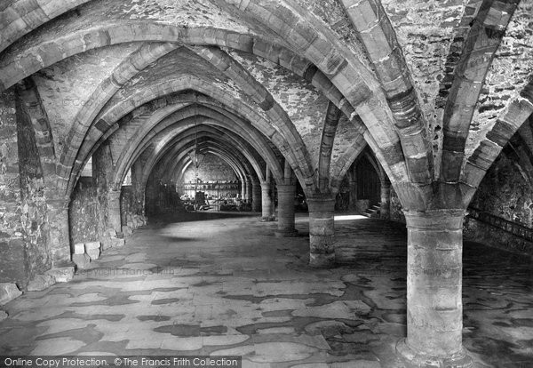 Photo of Durham, Cathedral, the Undercroft 1921, ref. 70723