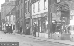 Dursley, Shops In Parsonage Street c.1947