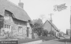 Thatched Cottages, Mill Way c.1955, Duston