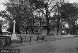 Dymchurch, Church And War Memorial 1921