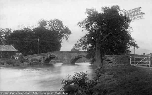 Eamont Bridge, the Village 1893