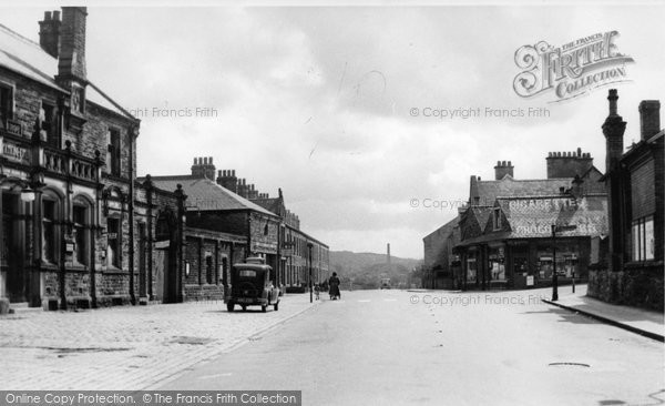 Photo of Earby, Colne Road c.1950