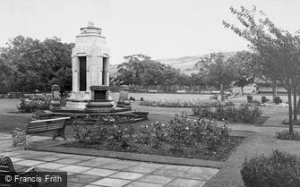 Earby, the War Memorial and Sough Park c1960
