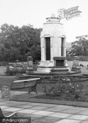 Earby, The War Memorial In Sough Park c.1960
