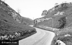 Earl Sterndale, Buxton Road c.1955