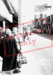 Shopping In Market Street c.1960, Earlestown