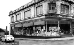 Earlestown, The Parade c.1965