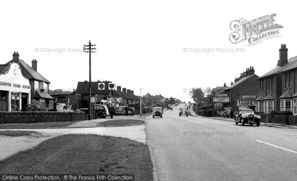 Earlswood, Horley Road c1955