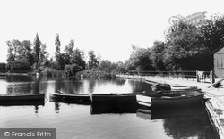 Earlswood, Lake c.1960