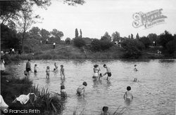 Earlswood, Lake, Children's Corner c.1950