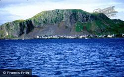 Village And Dun Mor c.1995, Easdale