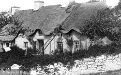 East Aberthaw, Thatching 1899