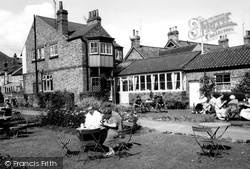 East Ayton, Derwent Café Tea Gardens c.1960