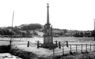 East Brent, the War Memorial c1960