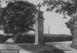 East Budleigh, Bicton, Scriptural Directing Post 1906