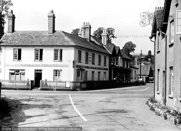 East Budleigh, Rolle Arms Hotel c1955