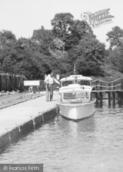 East Farleigh, Boat At The Lock c.1960