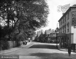 East Grinstead, London Road 1923