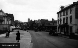 London Road 1933, East Grinstead