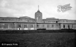 Queen Victoria Cottage Hospital 1935, East Grinstead